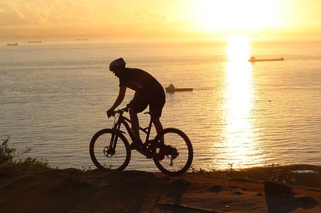 rower enduro - zachod slonca