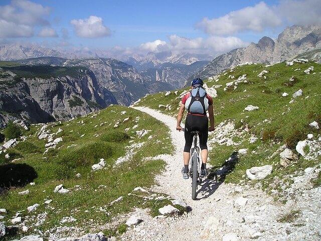 Rower górski - rowerzysta