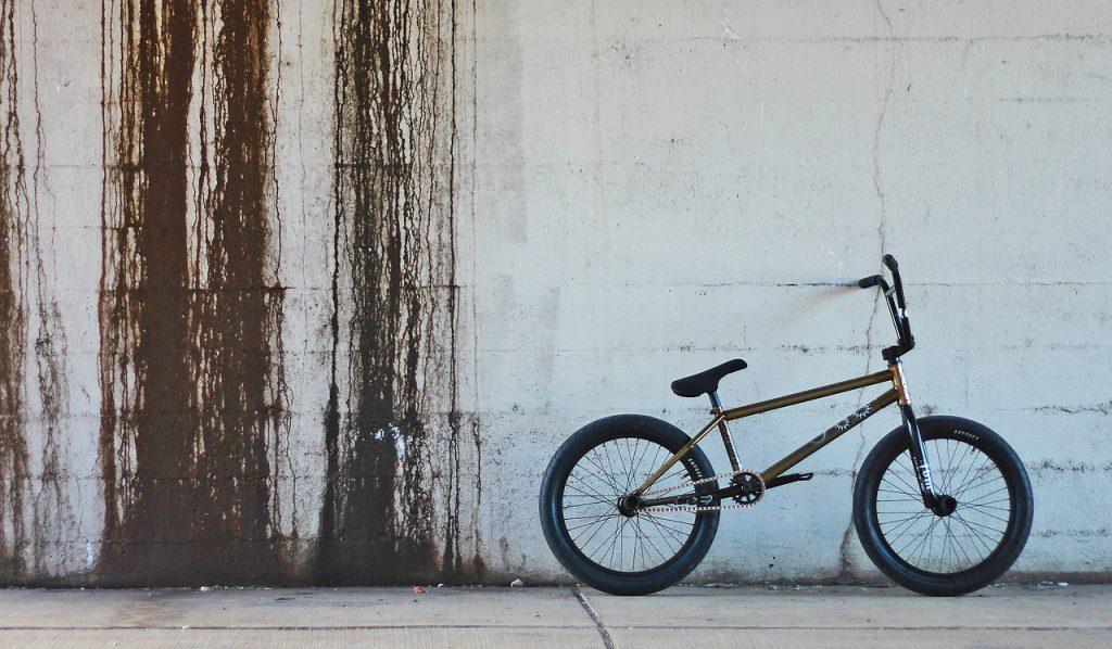 rower bmx do jazdy po muldach