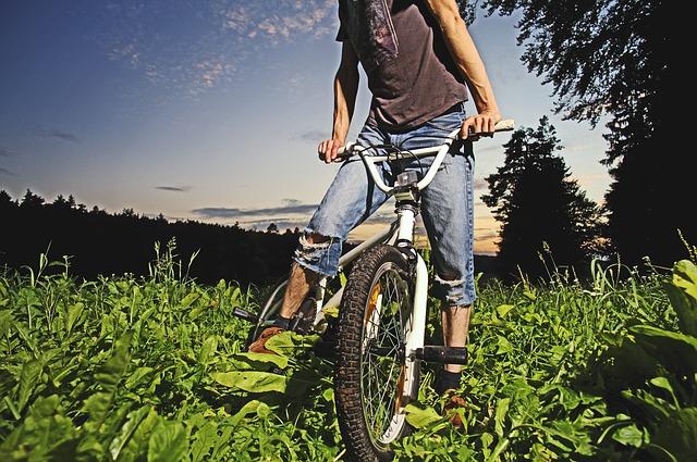 idealny rower do jazdy po muldach i nierównym terenie